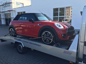 Serviceleistung:car-transfer-mini